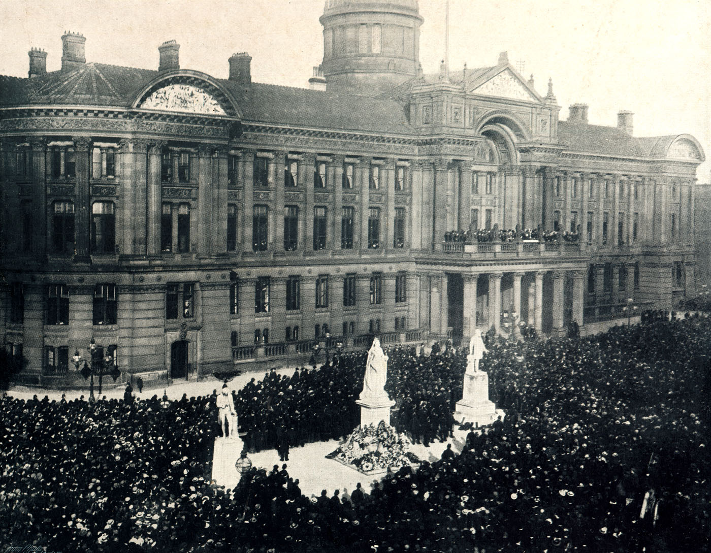 Proclaiming Edward V11 King Jan 25 1901