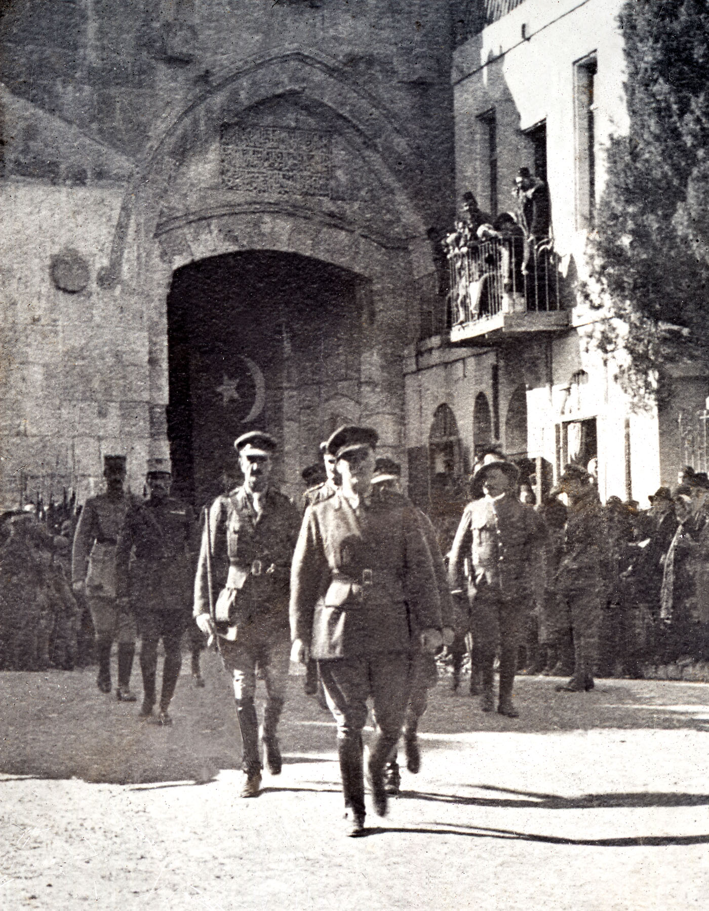 General Allenby entering Jerusalem at the Jaffa Gate Dec 1917