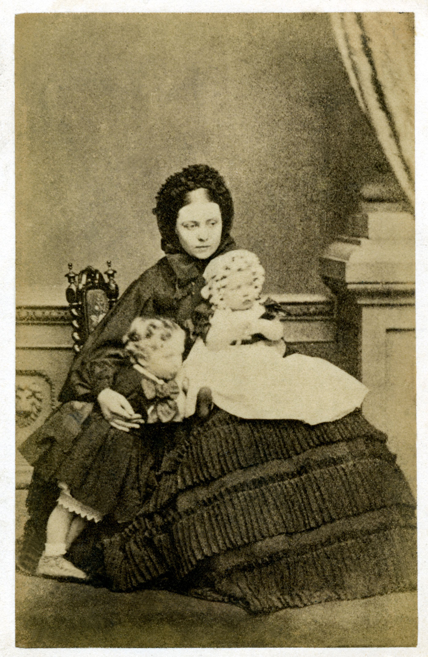 Victoria and Children